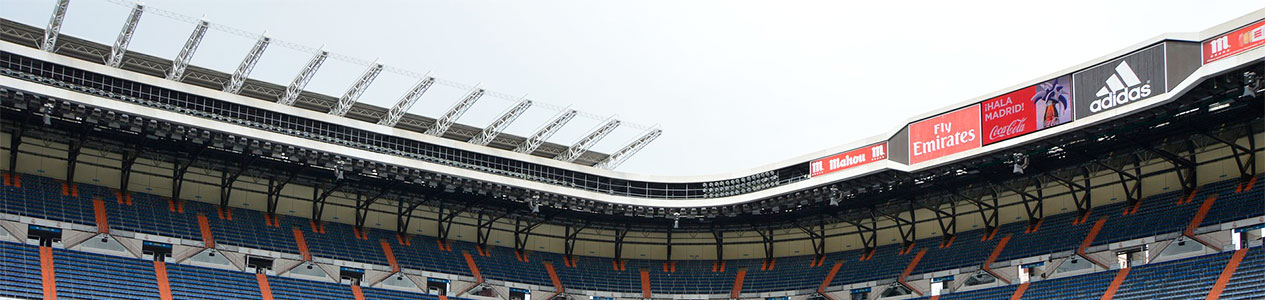estadio de futbol aluminio